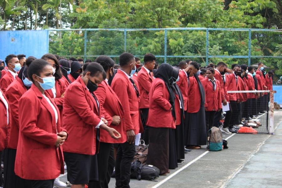 412 Mahasiswa semester 6 FKIP Unimuda Sorong ikuti Pembekalan dan Pelepasan Magang II Tahun 2021