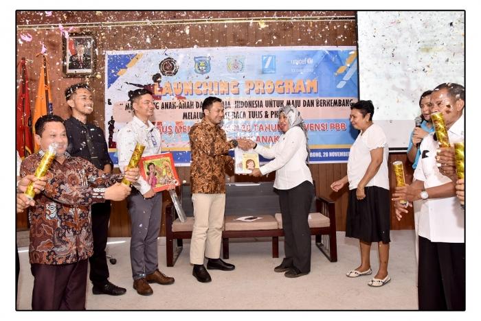 PERINGATI 30 TAHUN KONVENSI PBB TENTANG HAK ANAK, UNIMUDA - UNICEF LAUNCHING PROGRAM DUKUNGAN DAVID BECKHAM FOUNDATION dan U REPORT INDONESIA