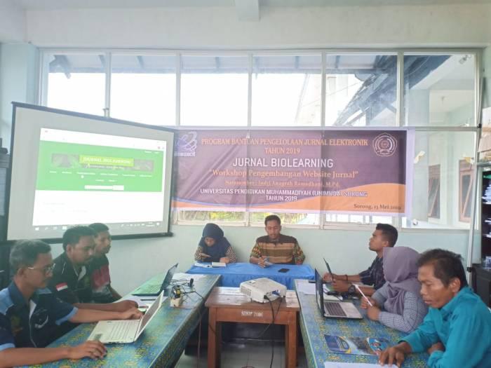 """Tim Pemenang Hibah Jurnal Biolearning Pendidikan Biologi FKIP Unimuda Sorong Gelar """"Workshop Pengembangan Website Jurnal"""""""
